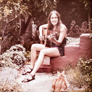 Linda practicing for the Mary's Garden sessions, in Mary Festinger's back yard, Palo Alto, CA, 1976.